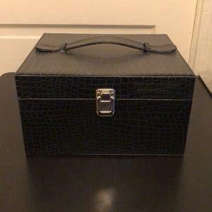 Cosmetic box case